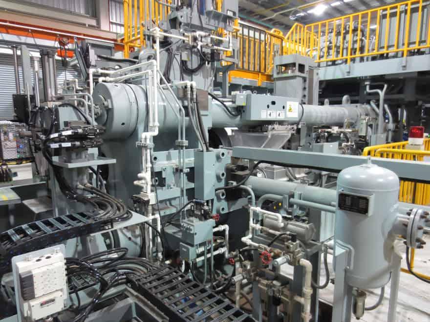 máquina de extrusion de aluminio