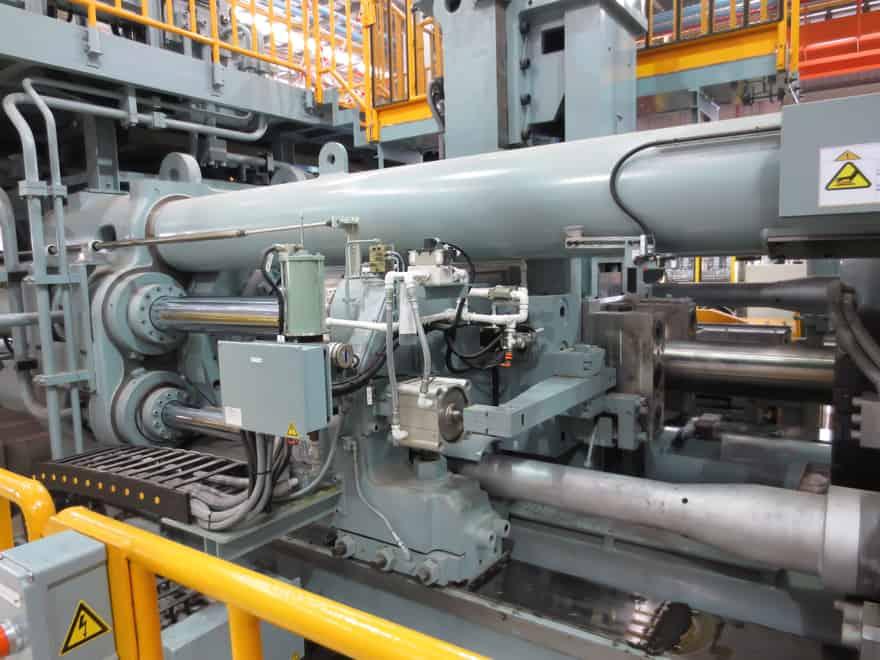 máquina de extrusión de aluminio